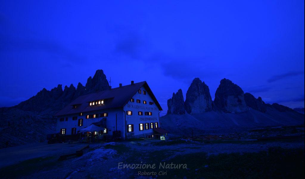 Notte in un rifugio di montagna